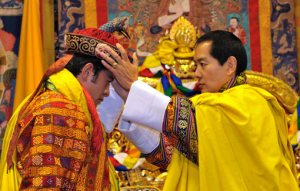 Previous King of Bhutan, Jigme Singye Wangchuck, crowns his son, Jigme Khesar Namgyel Wangchuck, King (REUTERS/Royal Government of Bhutan/Handout)